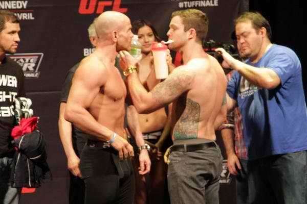 Sean O'Connell Video: This MMA fighter do the funniest weigh ins