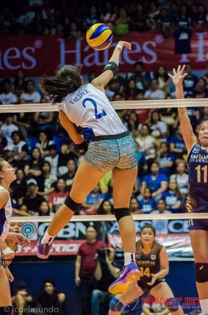 Photo of the Day: Valdez with the Spike!