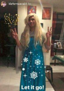 Kiefer Ravena Elsa Frozen Let It go